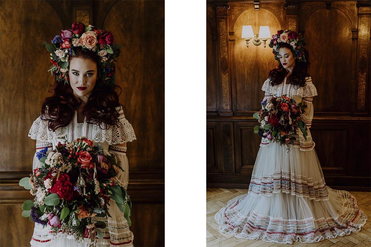Braut im Lena Hoschek Brautkleid mit opulentem Blumenkranz in den Haaren